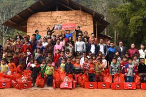 """Vinatech Group kết thúc chương trình từ thiện ý nghĩa """"Trao yêu thương nhận nụ cười 2020"""""""