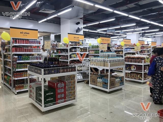 trưng bày hàng hóa trong siêu thị