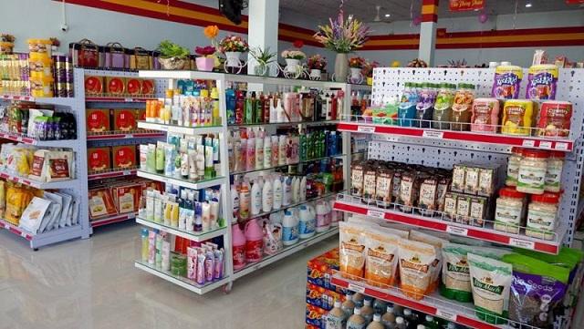 Biến siêu thị mini tại nông thôn thành cửa hàng tạp hóa kiểu mới.