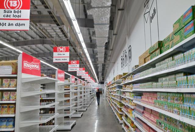 Vinatech lắp đặt giá kệ siêu thị cho Big C Buôn Ma Thuột