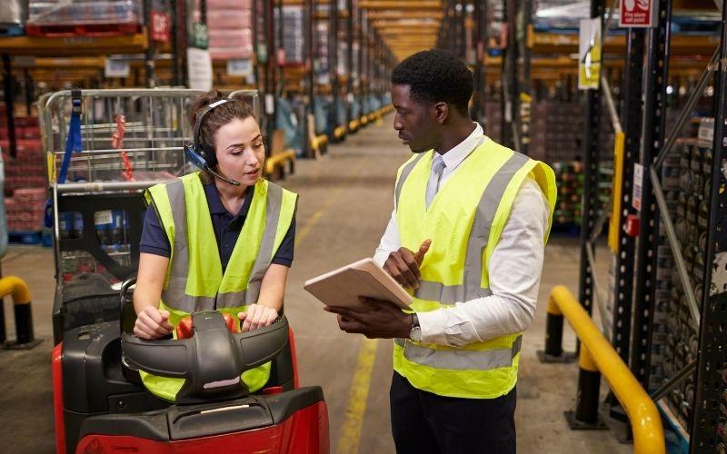 """""""Bỏ túi"""" các kỹ năng quản lý kho hàng mà nhân viên cần có"""